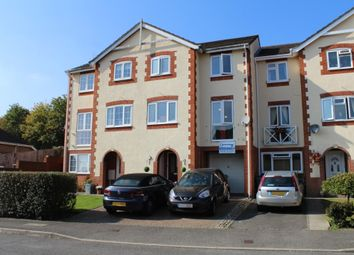 Thumbnail 3 bed town house to rent in Oakfield Close, Potters Bar