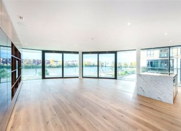 Thumbnail 3 bedroom flat for sale in Goldhurst House, Fulham Reach, Parr's Way, London