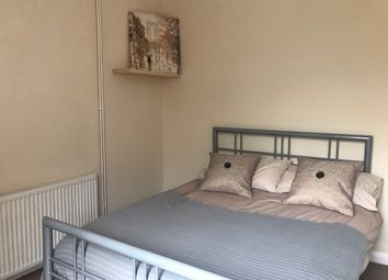 Thumbnail Room to rent in Balmoral Road, Northampton