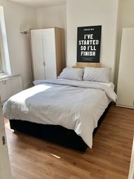 Room to rent in Felixstowe Road, London N17