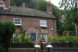 Thumbnail 3 bed cottage to rent in Wellington Road, Coalbrookdale, Telford