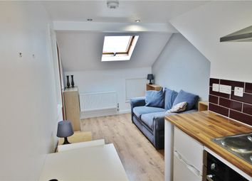 Thumbnail 1 bedroom flat to rent in Southern Avenue, South Norwood, London