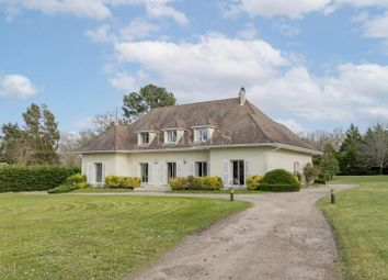 Thumbnail Town house for sale in Léognan, 33850, France