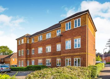 2 bed flat for sale in Swallows Croft, Reading RG1