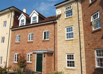 Thumbnail 2 bedroom flat to rent in Pines Close, Wincanton