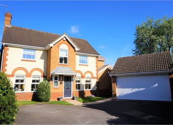 Thumbnail 4 bed detached house for sale in Sherwood Place, Reading
