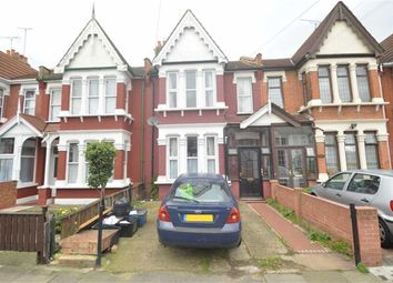 Thumbnail 2 bedroom flat to rent in Coventry Road, Ilford, Essex