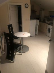 Thumbnail 1 bed flat to rent in Charnwood Street, Derby