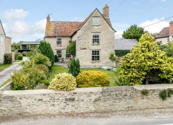 Thumbnail 4 bed farmhouse for sale in Station Road, Launton, Bicester