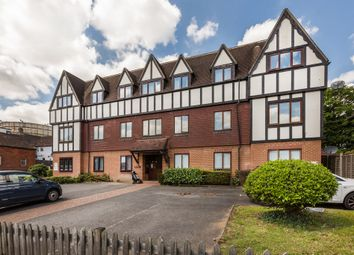 Thumbnail 2 bedroom flat for sale in Gresham Road, Oxted