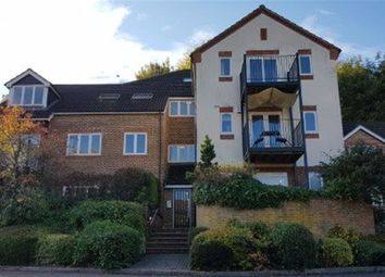 Thumbnail 1 bed flat to rent in High Wycombe HP11, 9P00930