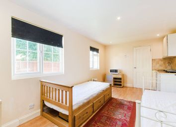 Thumbnail Bungalow to rent in Somervell Road, Harrow