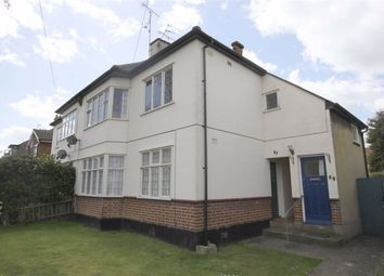 2 bed flat to rent in The Grove, Southend On Sea, Essex SS2