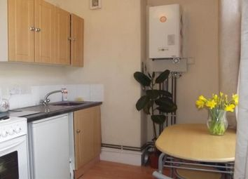 Thumbnail 1 bedroom flat to rent in Richmond Road, Exeter