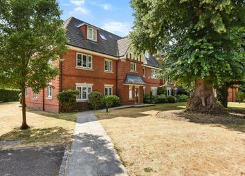 2 bed flat for sale in Warfield, Berkshire RG42