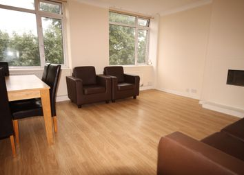 Thumbnail 4 bed flat to rent in Evering Road, London