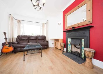 2 bed flat to rent in Sunny Gardens Road, London NW4