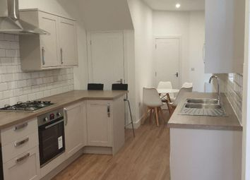 Thumbnail 6 bed terraced house to rent in Bradfrod Road, Southsea