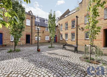 Thumbnail 2 bed flat for sale in Bridewell Place, London