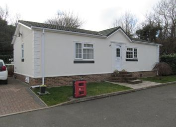 Thumbnail 2 bed mobile/park home for sale in Dover Road, Barnham, Cantebury, Kent