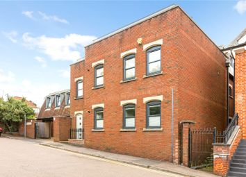 Thumbnail Flat for sale in Pembroke Court, Thompsons Close, Harpenden