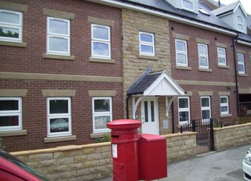 Thumbnail 3 bedroom flat to rent in Flat 4 Camwal Court, Harrogate