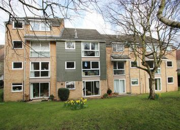 Thumbnail 1 bedroom flat to rent in Beauchamp Place, Oxford