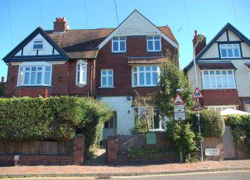 Thumbnail 2 bed flat to rent in Claremont Road, Tunbridge Wells