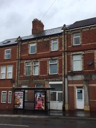 Thumbnail 1 bed flat to rent in Broad Street, Barry