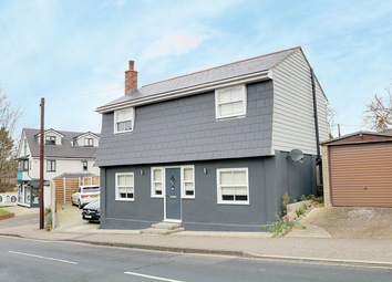 3 bed detached house for sale in London Hill, Rayleigh SS6