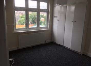 Thumbnail Room to rent in Southfield Road, Enfield