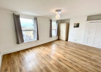 Thumbnail Flat to rent in Morris Road, London