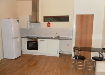 Thumbnail 2 bed flat to rent in Bowling Green Street, Leicester