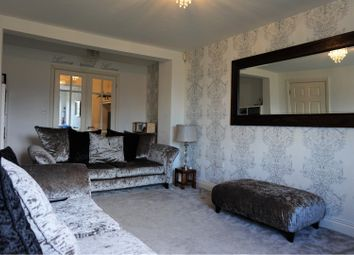 Thumbnail 5 bed town house for sale in Sandhills Avenue, Leicester