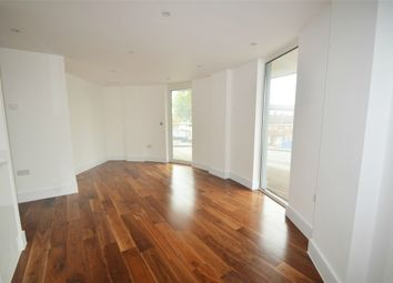 2 bed flat to rent in Titan Court, Flower Lane, Mill Hill NW7