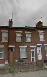 Thumbnail 3 bed terraced house for sale in Oak Road, Luton
