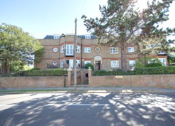 Thumbnail 2 bedroom flat to rent in Paulin Drive, Winchmore Hill