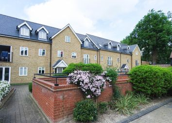 Thumbnail 2 bed flat to rent in Lower King Street, Royston, Hertfordshire