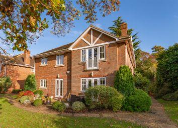 Thumbnail 3 bed flat for sale in Hillside Road, Radlett