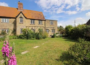 Thumbnail 3 bed cottage for sale in Main Street, Wantage, Oxfordshire
