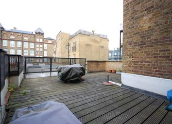 Thumbnail 2 bed flat to rent in Atlantis House, London