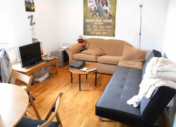 Thumbnail 1 bed flat to rent in 2A, London