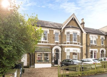 Palace Road, London SW2. 1 bed flat for sale