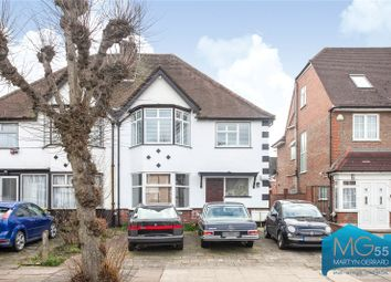 2 bed maisonette for sale in Sylvan Avenue, Mill Hill, London NW7