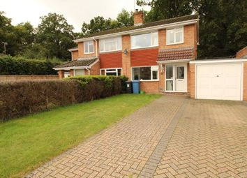 3 bed property to rent in Greenleas Close, Yateley GU46