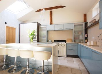 Thumbnail 5 bed property for sale in Bulls Cross Ride, Waltham Cross