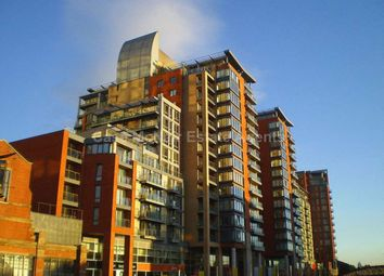 1 bed flat to rent in Leftbank Apartments, Spinningfields, Manchester M3