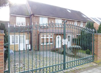 Thumbnail 2 bed flat to rent in Kingsgate Avenue, Finchley, London