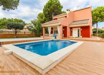 Thumbnail 4 bed villa for sale in Avenida Dels Pins 07180, El Toro, Illes Balears