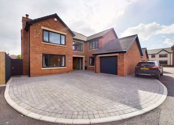 Thumbnail 5 bed property for sale in Moss Green Close, Hesketh Bank, Preston